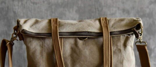 حقائب
