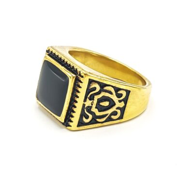Me797 – Engraved gold ring