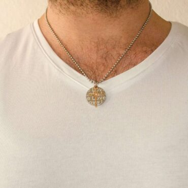 Circle/Cross Necklace- Me085