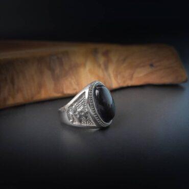 Oval Black Onyx Ring   – Me212