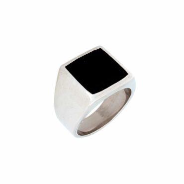 Me806 –  Square Ring