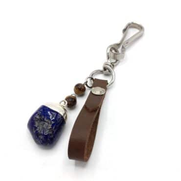 Me1528 – Brown genuine Leather with Navy Stone keychain