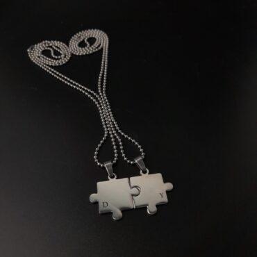 Me1538 – Puzzle Piece Necklace Set