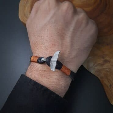 Me1579 –  Whale Tail Multilayer Leather Bracelet
